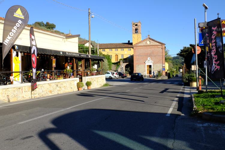 Da Pietrasanta a Monte Magno per la via Francigena Montemagno