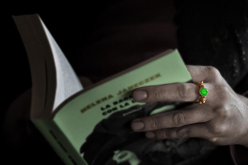 6      landini             Gran forza nel richiamare al verde dell'anello.